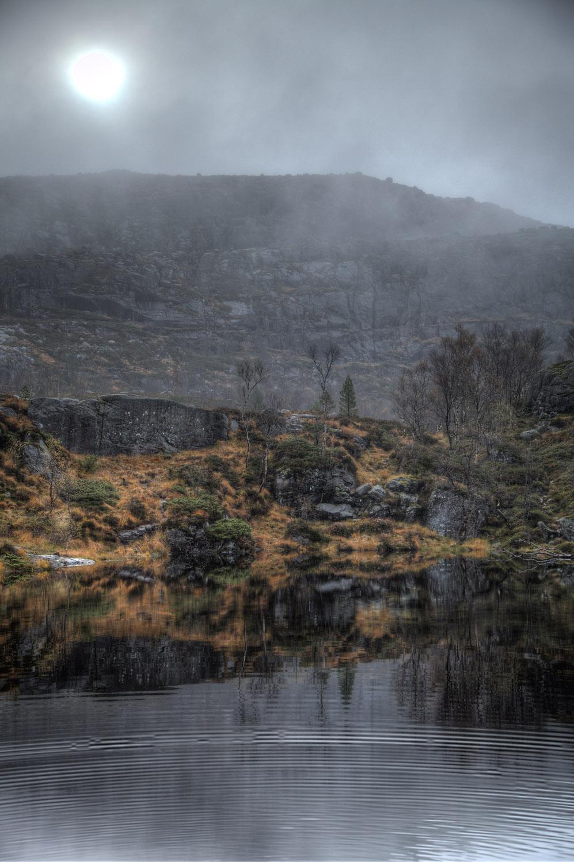 Verhangener Himmel, Nebel, Norwegen