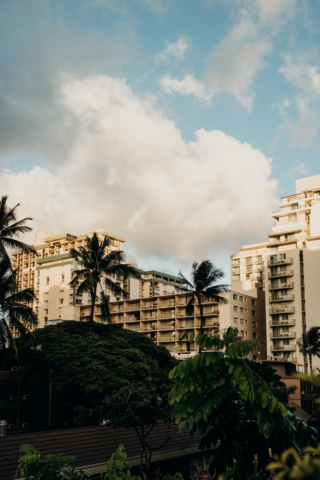 Visit Honolulu_WaikikiBeach.jpg