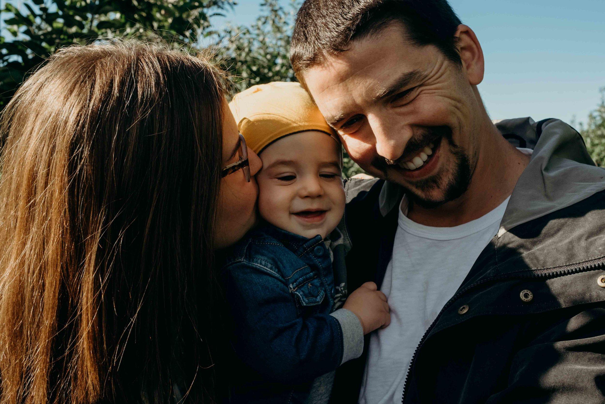 Toronto Lifestyle Family Photographer - Ali Happer Photo.jpg