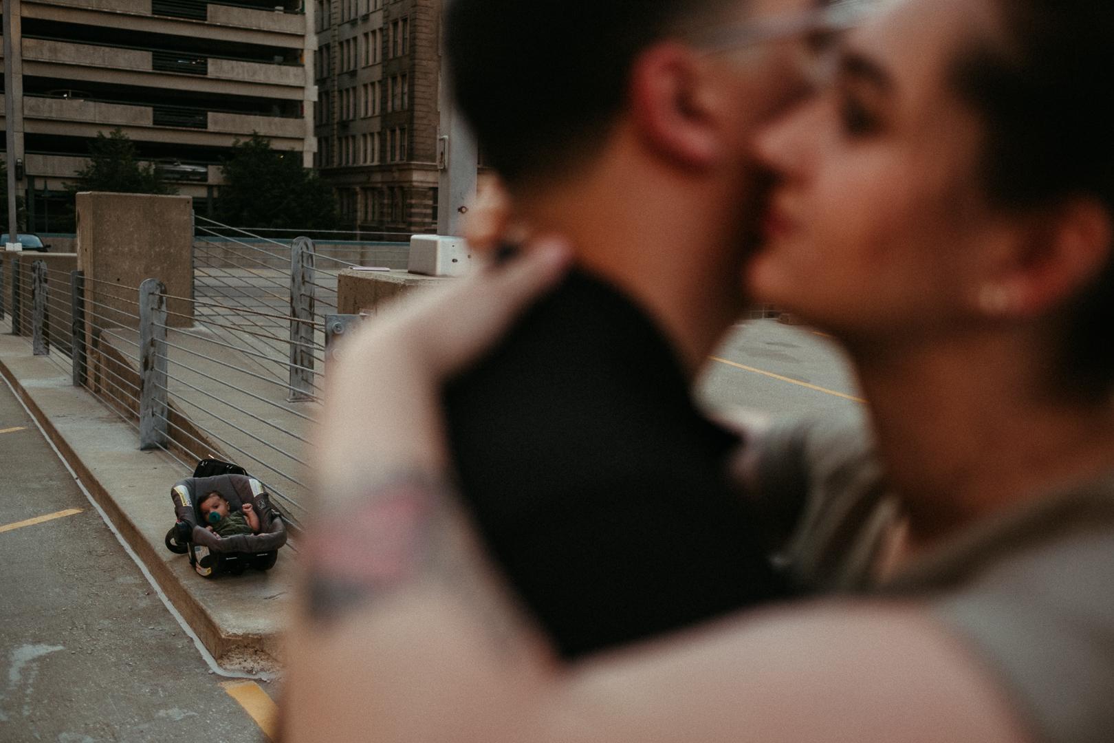20190514_DocumentaryPhotographer_UrbanFamilySession_AliHapperPhoto_47.jpg