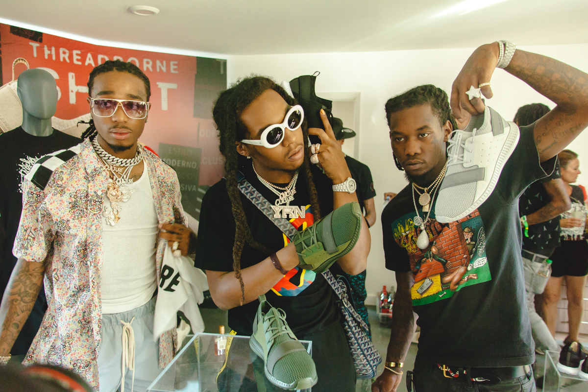 Migos supporting the debut of the UA Threadborne Shift sneaker. HYPEBEAST Hotel sponsored by Under Armour Coachella Summer Music Festival 2017.  Original story via  HYPEBEAST .