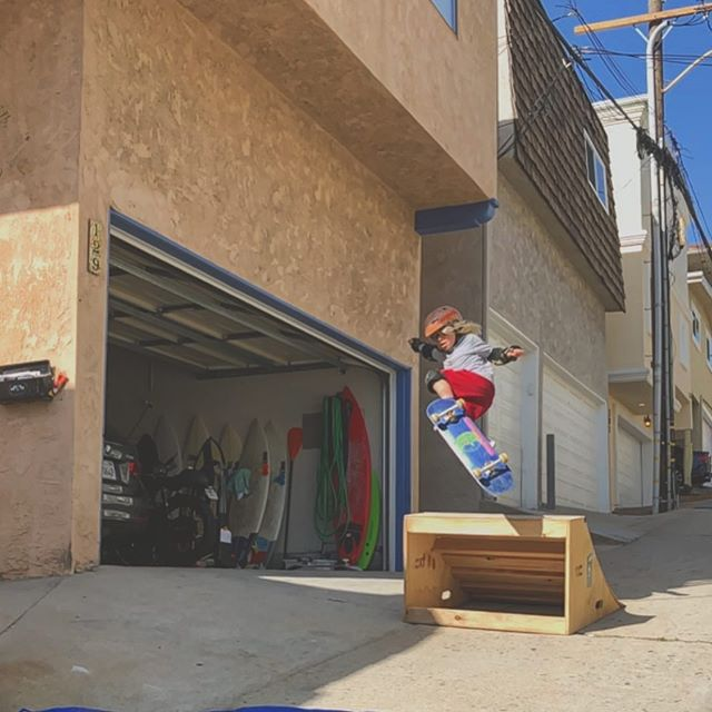 "Kids, try this at home. ""Welcome to Araki Skatepark."" Goes Axel. #LA #skateboard #SouthBay #california #surfing"