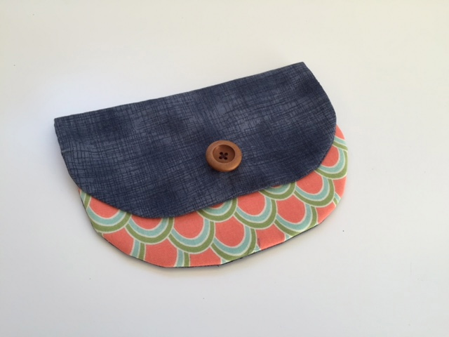 Sew You Studio | GIFT: Cute as a Button Purse