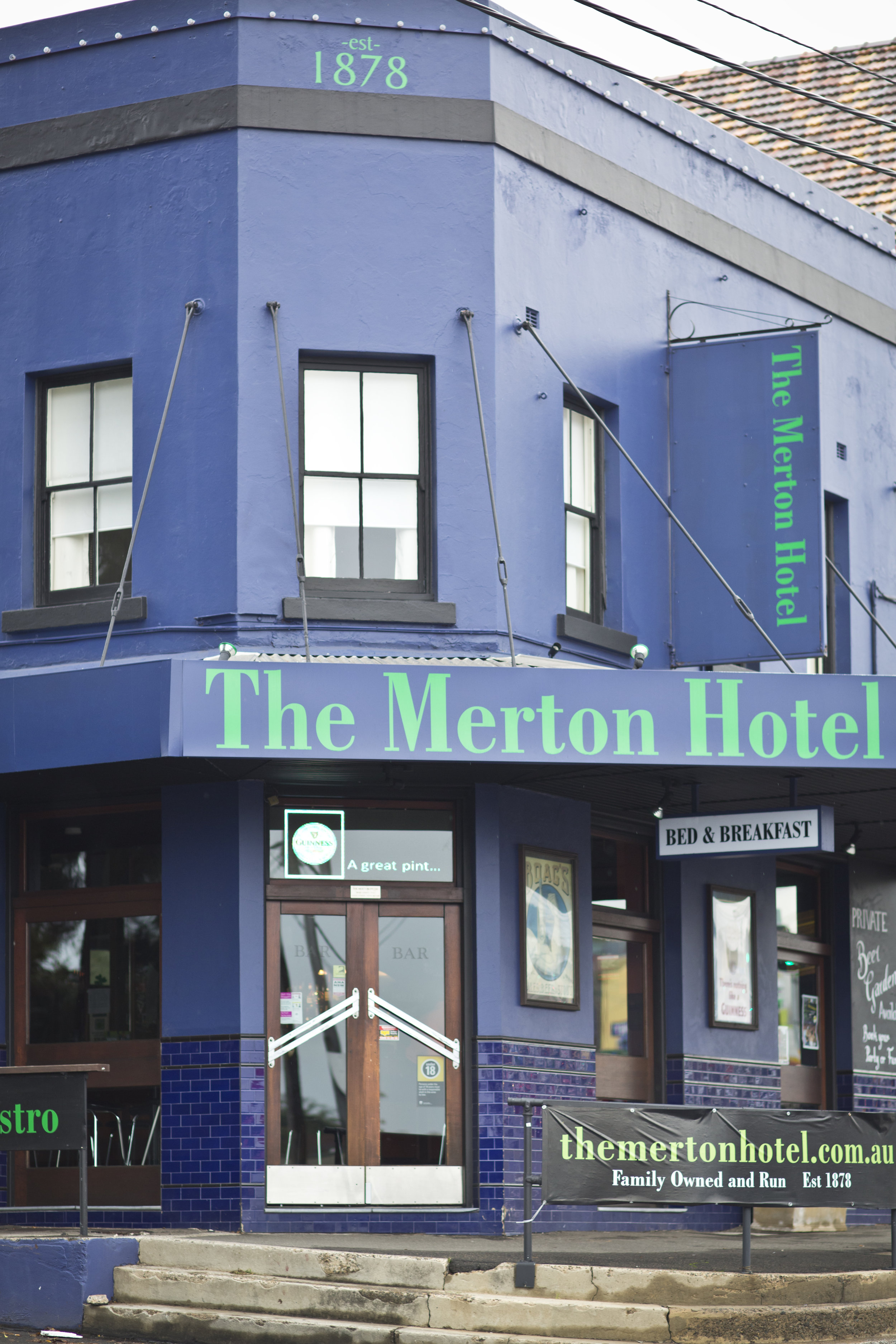 MERTON HOTEL - The Merton Hotel is a locally Irish owned and run pub just 3km from Sydney city in the Balmain Rozelle area.Enjoy views of the harbour bridge and city skyline from the baror spend a sunny afternoon relaxing in the beer garden with a glass of wine and delicious food from the bistro.The Merton Hotel offers quality bed and breakfast accommodationjust minutes from the centre of Sydney and is also a popular venue for functions.Proudly a pokies free zone, the pub offers free live music on weekend evenings where you will see some of Sydney's best musicians.