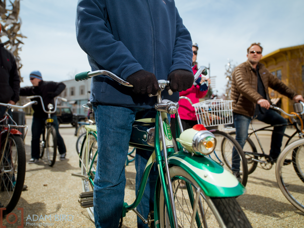 "<  img    src  ="" http://static1.squarespace.com/static/51f7d732e4b0eda27e6e8b2f/t/5584698ae4b0f0800ae34ccd/1434741162971/Vintage_bike_064.jpg?format=1000w *    width  =""1000""  height  =""750""  alt  =""vintage_bike""  title  =""vintage_bike"" />"