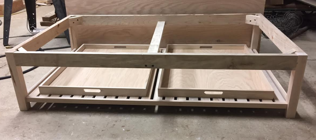 gambrel renard 60 inch otto with shelf.PNG