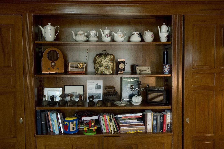zitkamer boekenkast.jpg