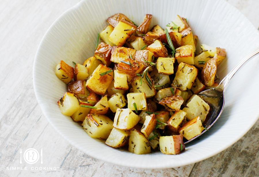 herb_roasted_potatoes_1.jpg