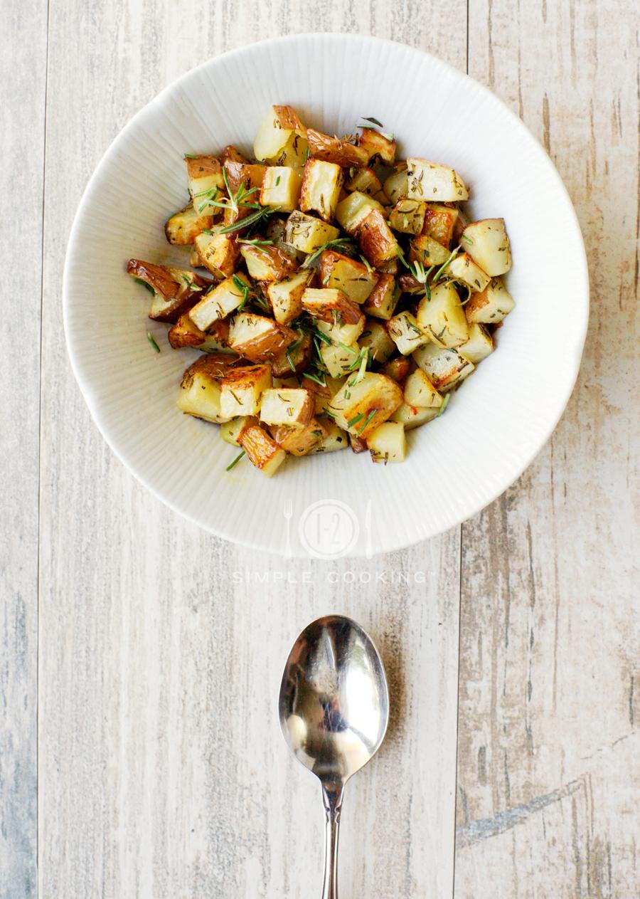 herb_roasted_potatoes_2.jpg