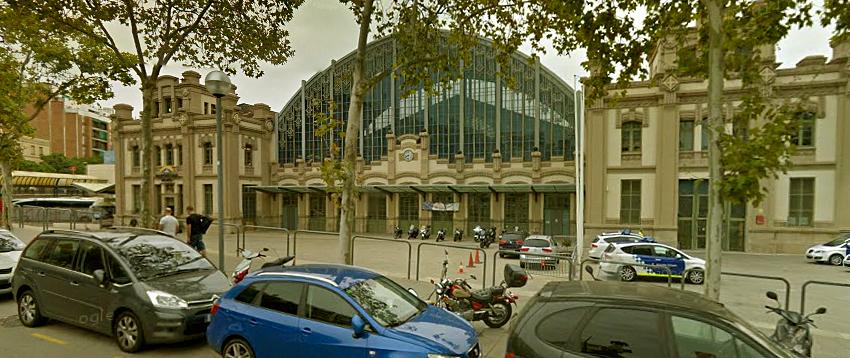"""Fachada do terminal de ônibus conhecido como """"Estação Nord"""", em Barcelona, local de cerca de 10 casos de furto diariamente, segundo a polícia. Foto extraída do Google Street View."""