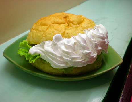 whipped-cream-burger_1.JPG
