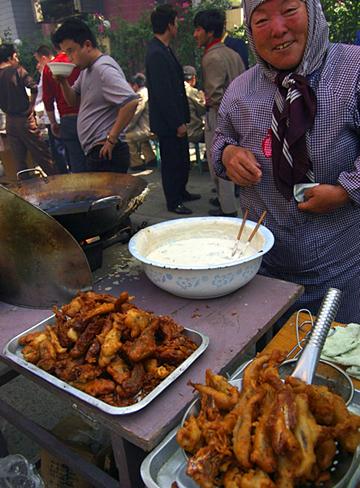 muslim-market-1.jpg