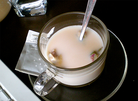 rose-milk-tea.jpg