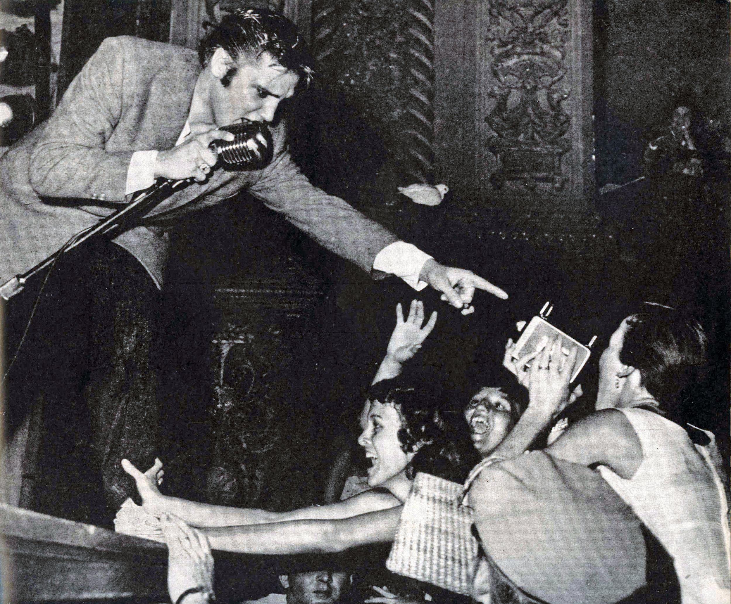 Elvis - Life magazine 8-27-1956.jpg