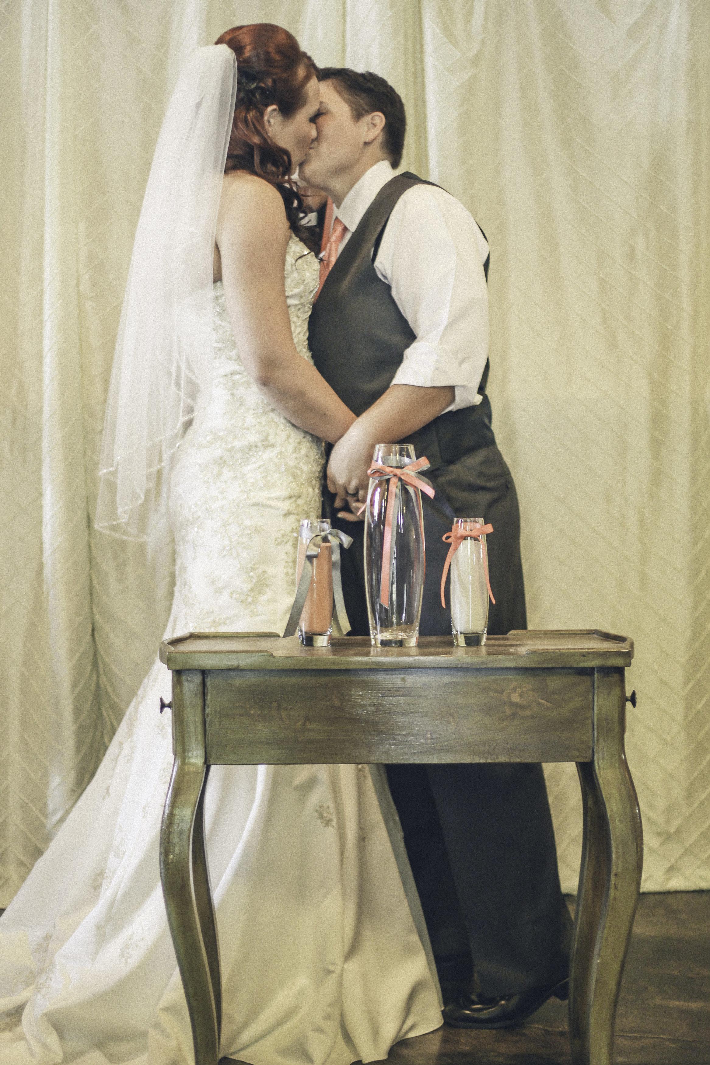 Devon Sara Married-Devon Sara-0159.jpg