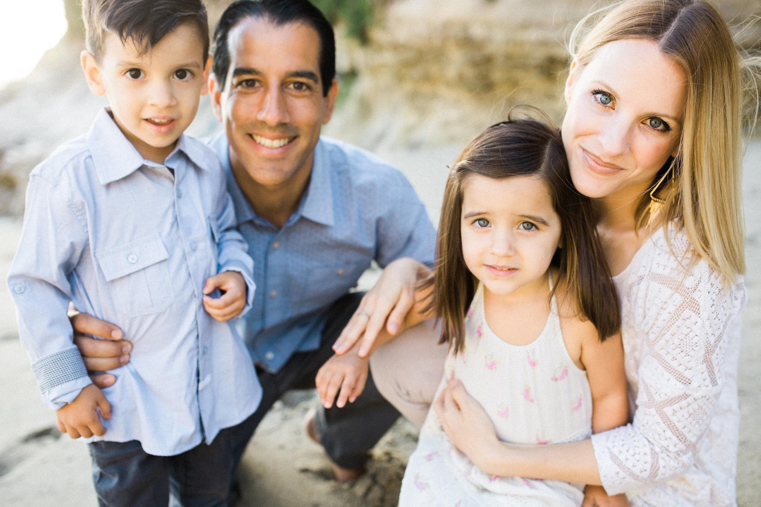 ruiz-family_laguna_los-angeles-beach-family-photography-6.jpg