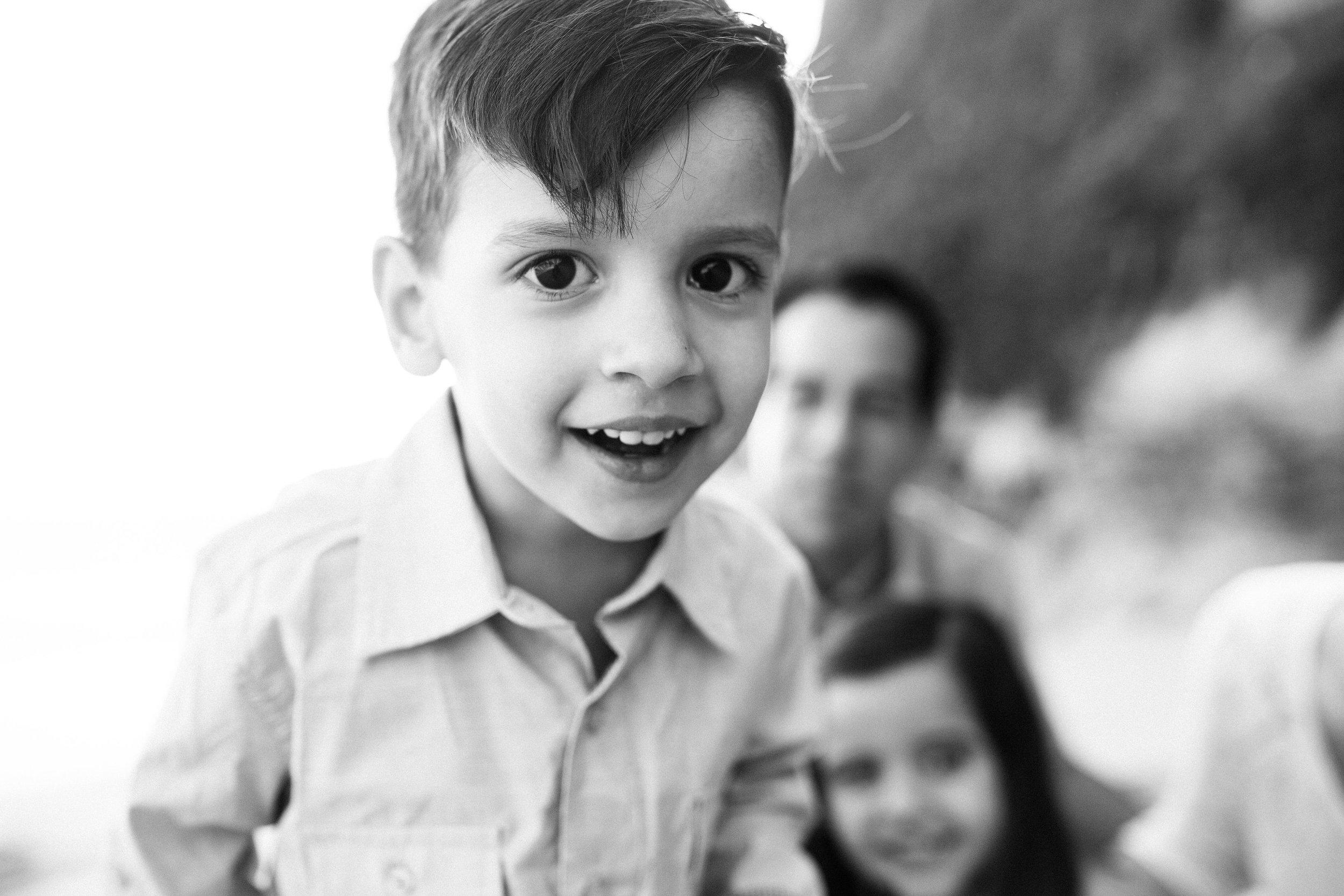 ruiz-family_laguna_los-angeles-beach-family-photography-12.jpg