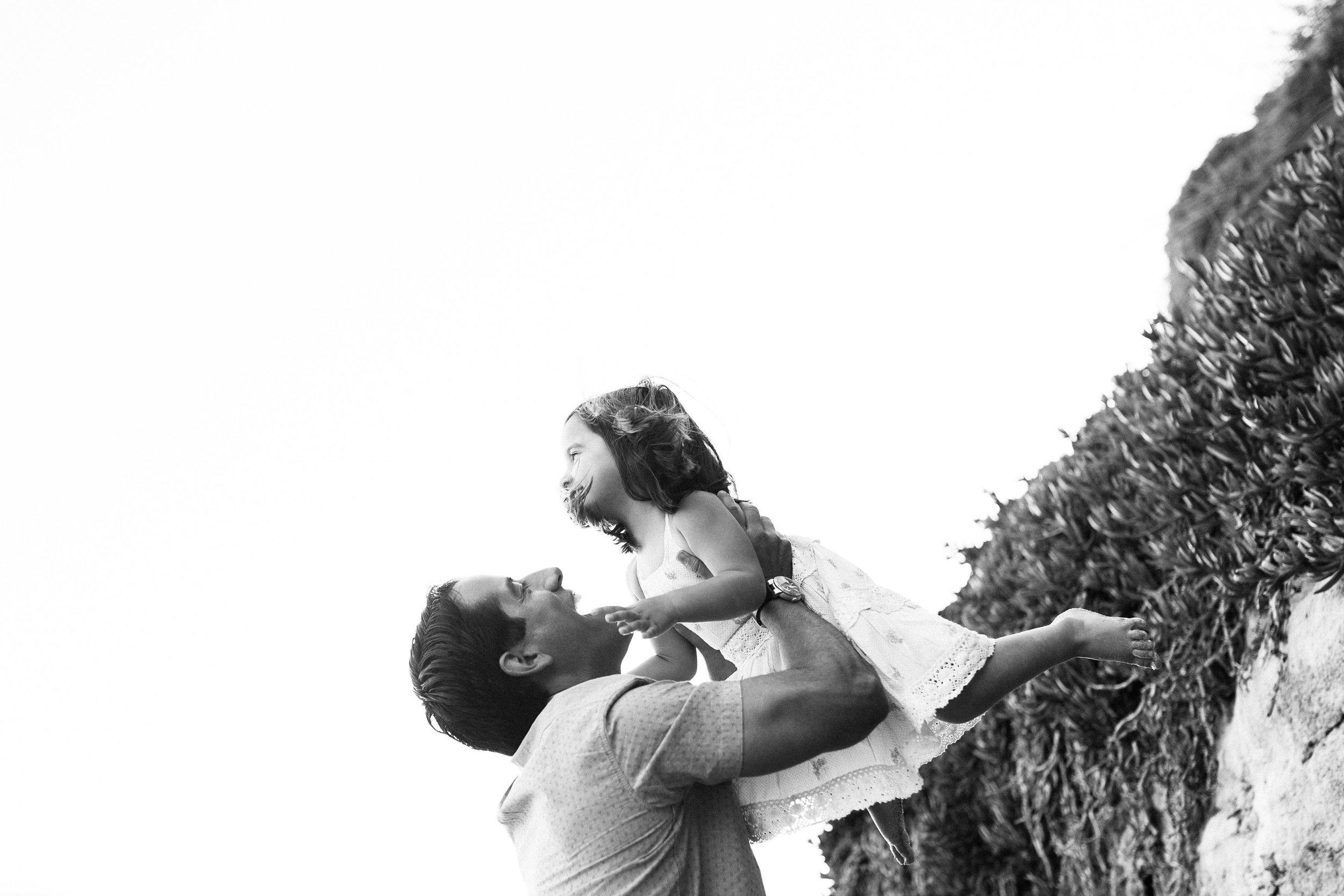 ruiz-family_laguna_los-angeles-beach-family-photography-28.jpg