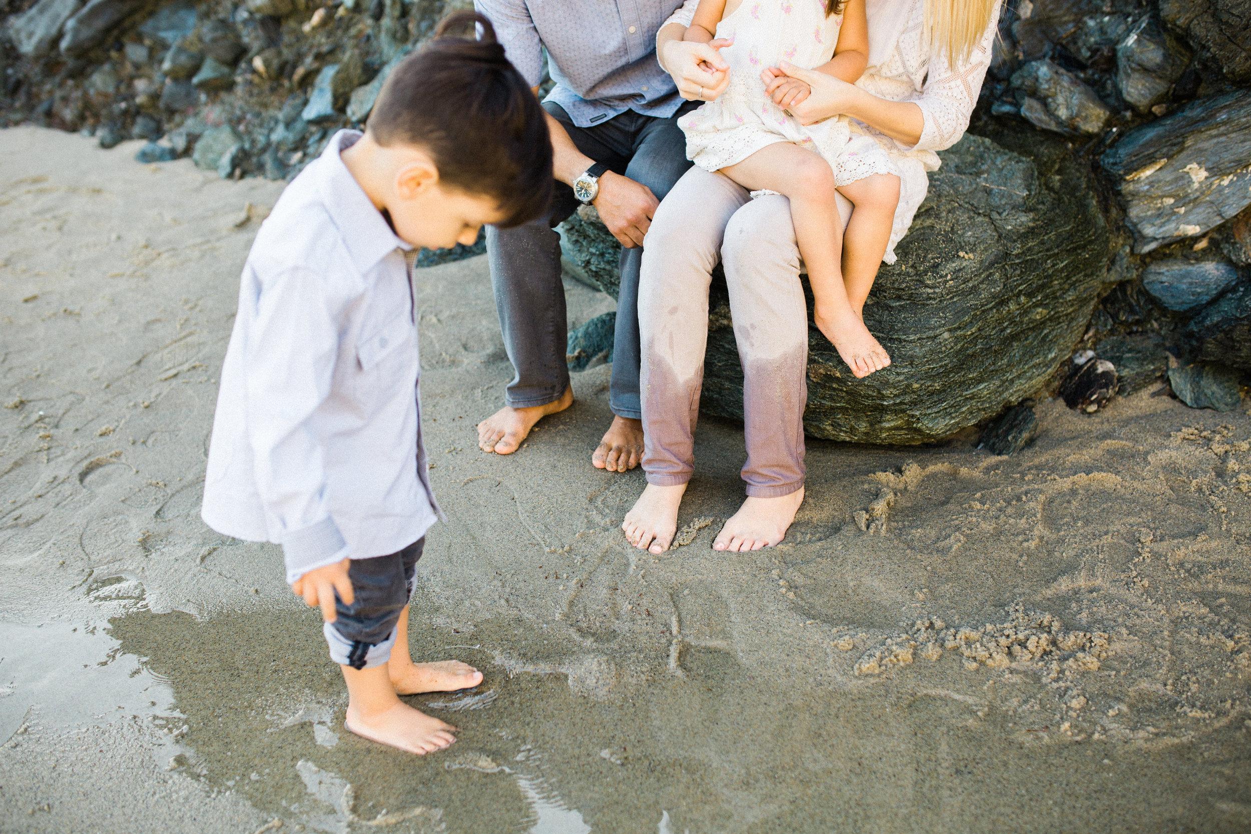 ruiz-family_laguna_los-angeles-beach-family-photography-59.jpg