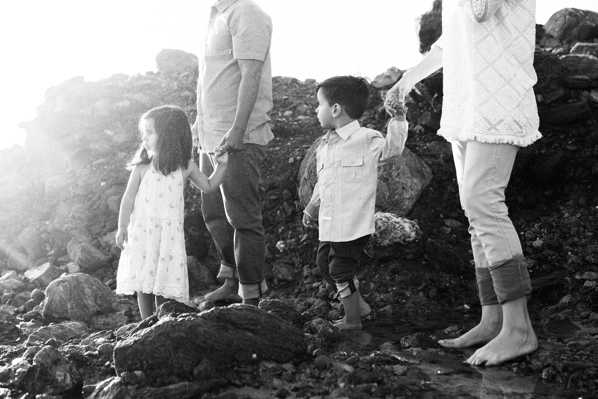 ruiz-family_laguna_los-angeles-beach-family-photography-93.jpg