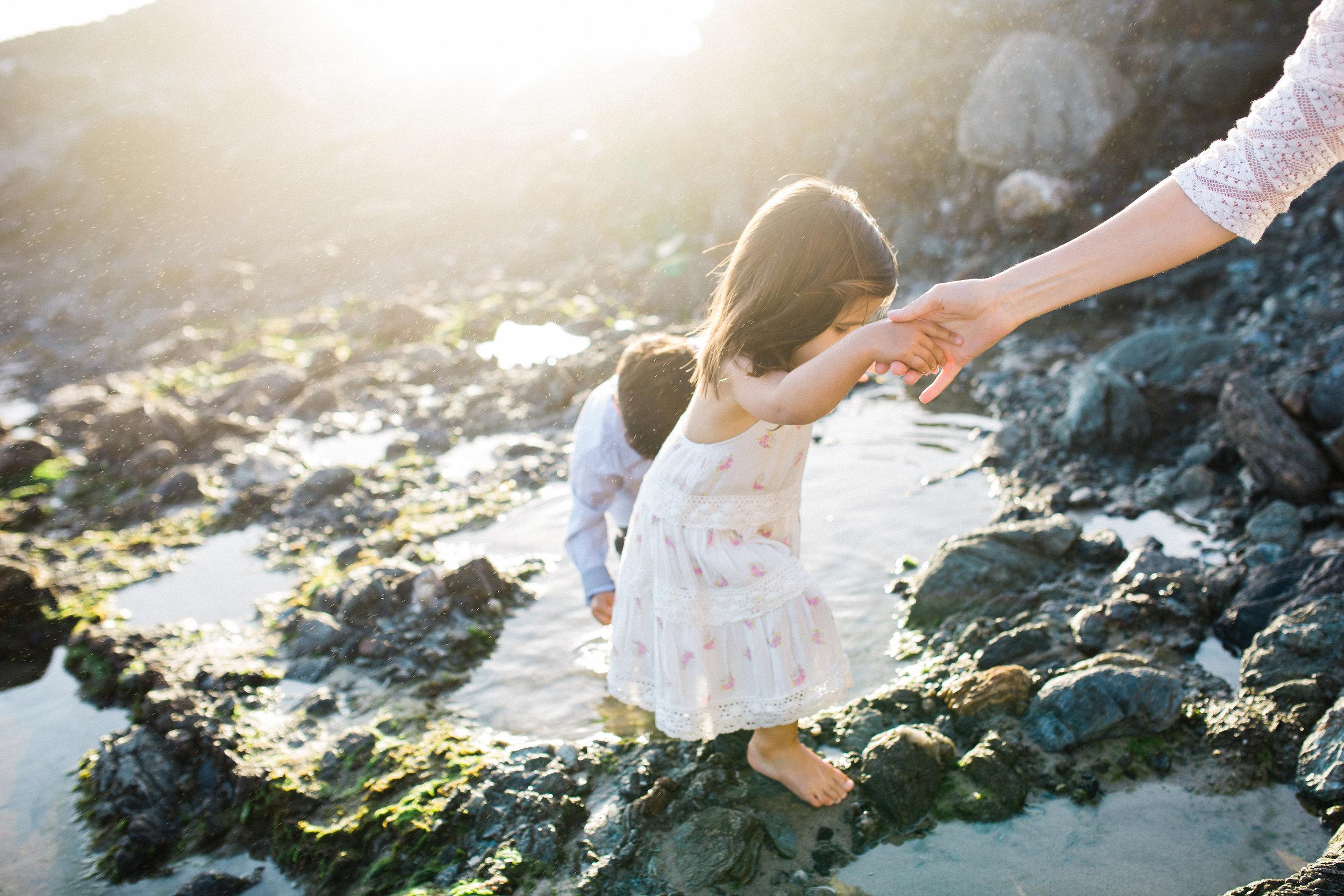 ruiz-family_laguna_los-angeles-beach-family-photography-105.jpg