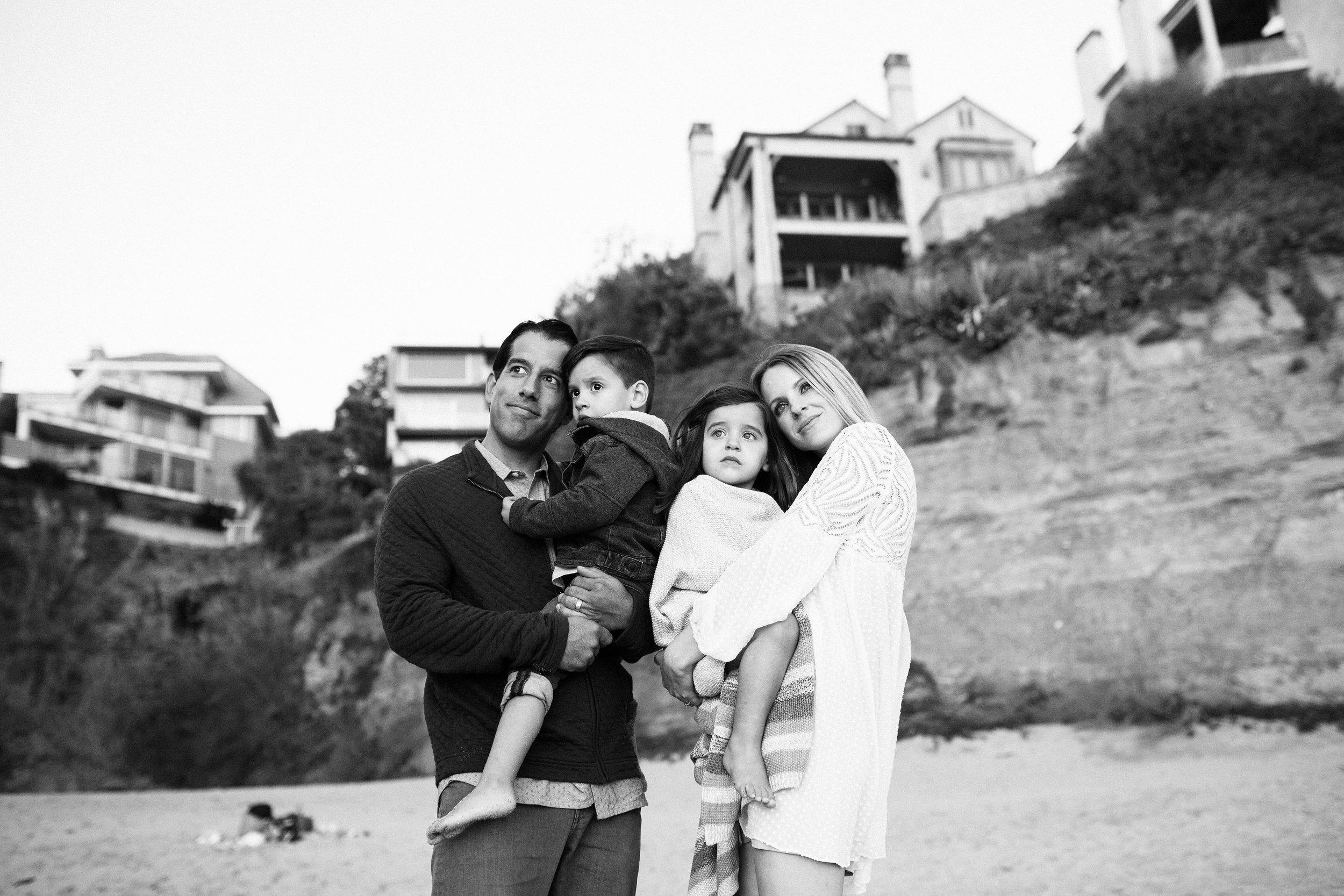 ruiz-family_laguna_los-angeles-beach-family-photography-195.jpg
