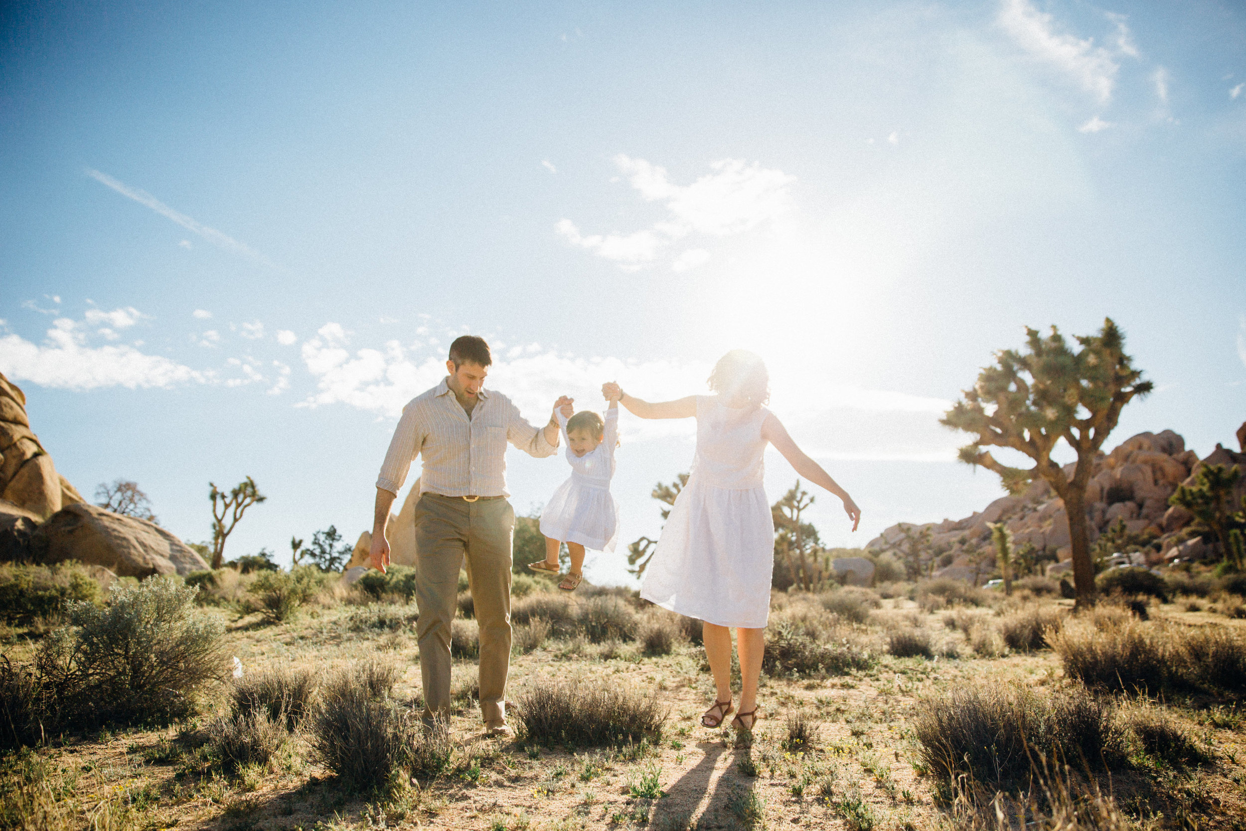 joshua-tree_california_family-session_nicki-sebastian-photography-61.jpg