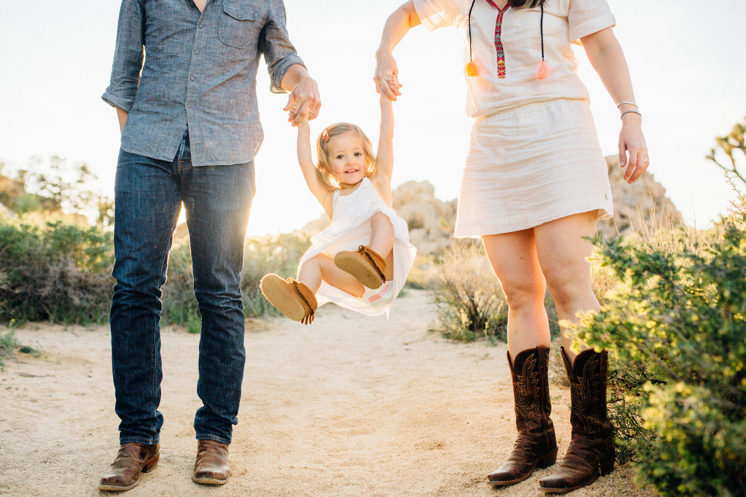 joshua-tree_california_family-session_nicki-sebastian-photography-220.jpg