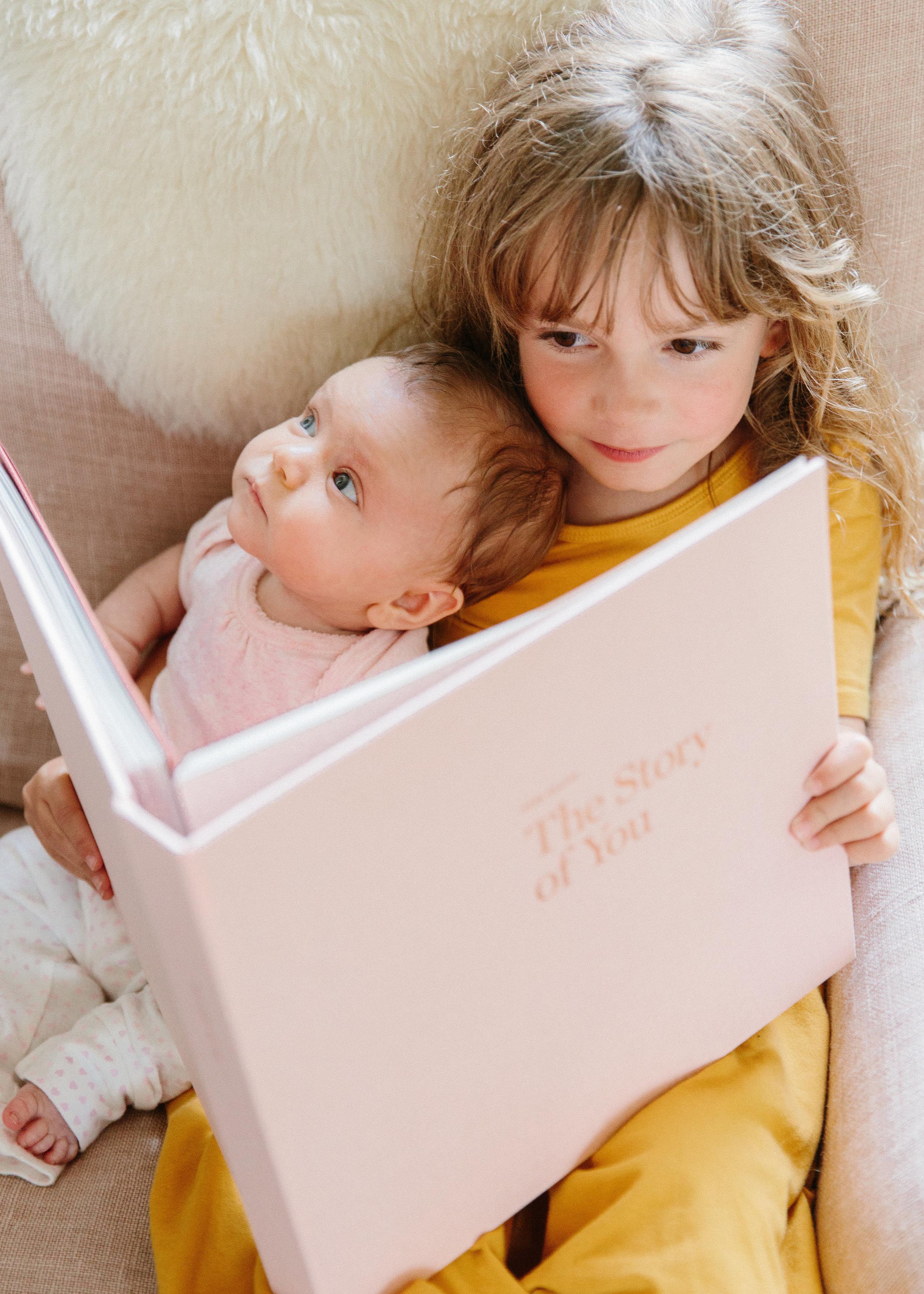 artifact-uprising_baby-book_nicki-sebastian-5 (1).jpg
