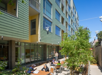 """STOPWASTE.ORG - """"Occupants' comfort, energy-efficiency and an affordable system — we wanted all three and were able to get them . . . Getting a LEED platinum rating is icing on the cake.""""Senior Program Manager"""