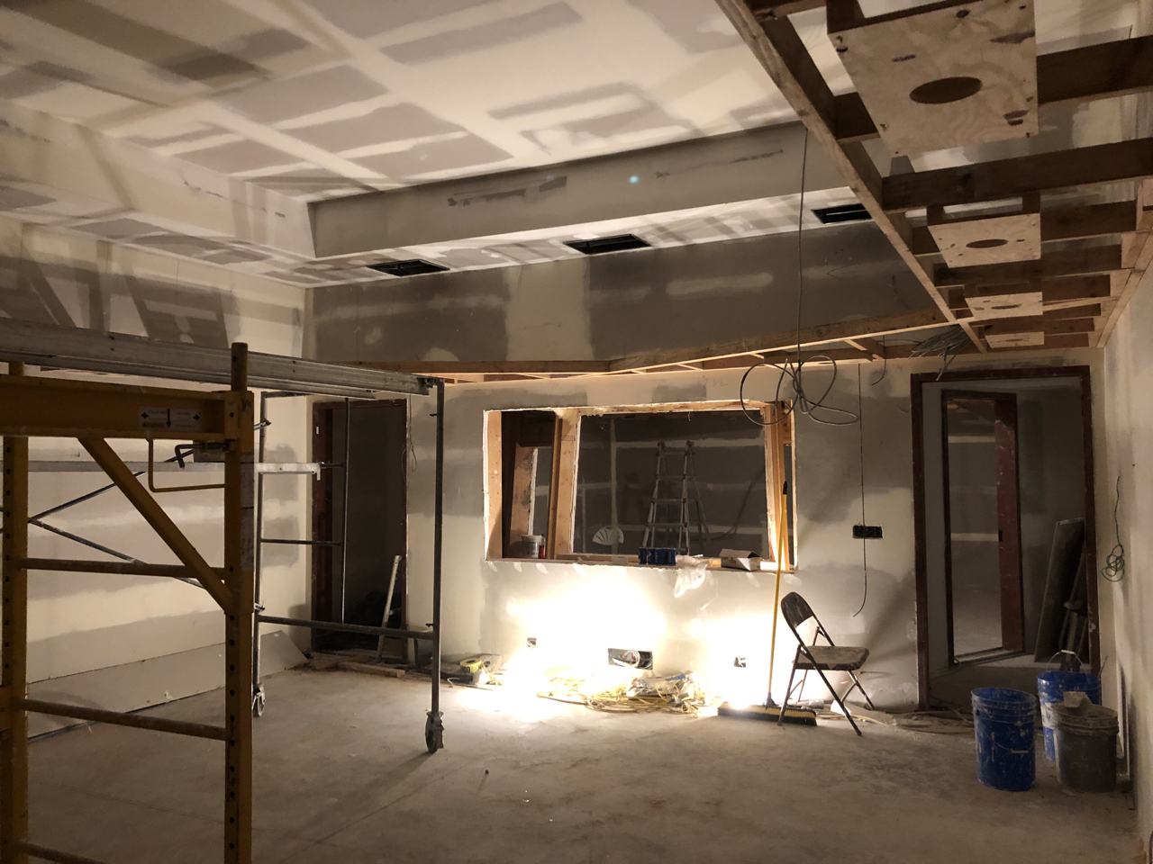 The soffit in tracking room 2 wraps the entire room.