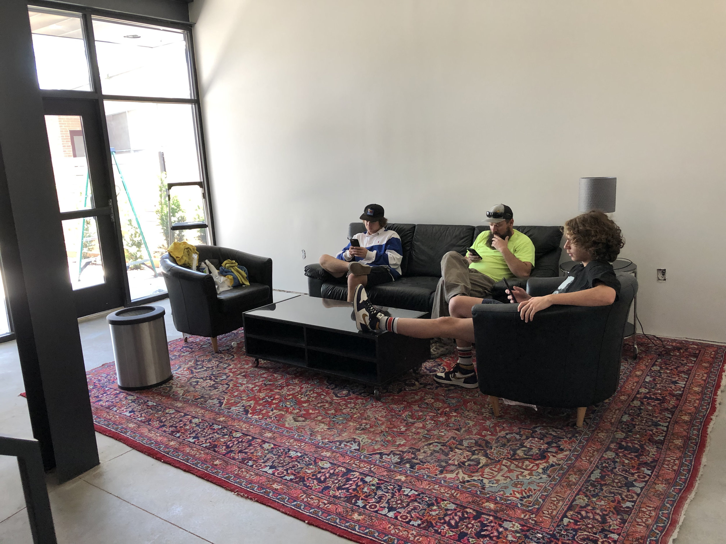 We had an unusual session this week which required more lounge space than is available in the house, so we did some serious cleaning in the new lobby and brought in some old furniture.