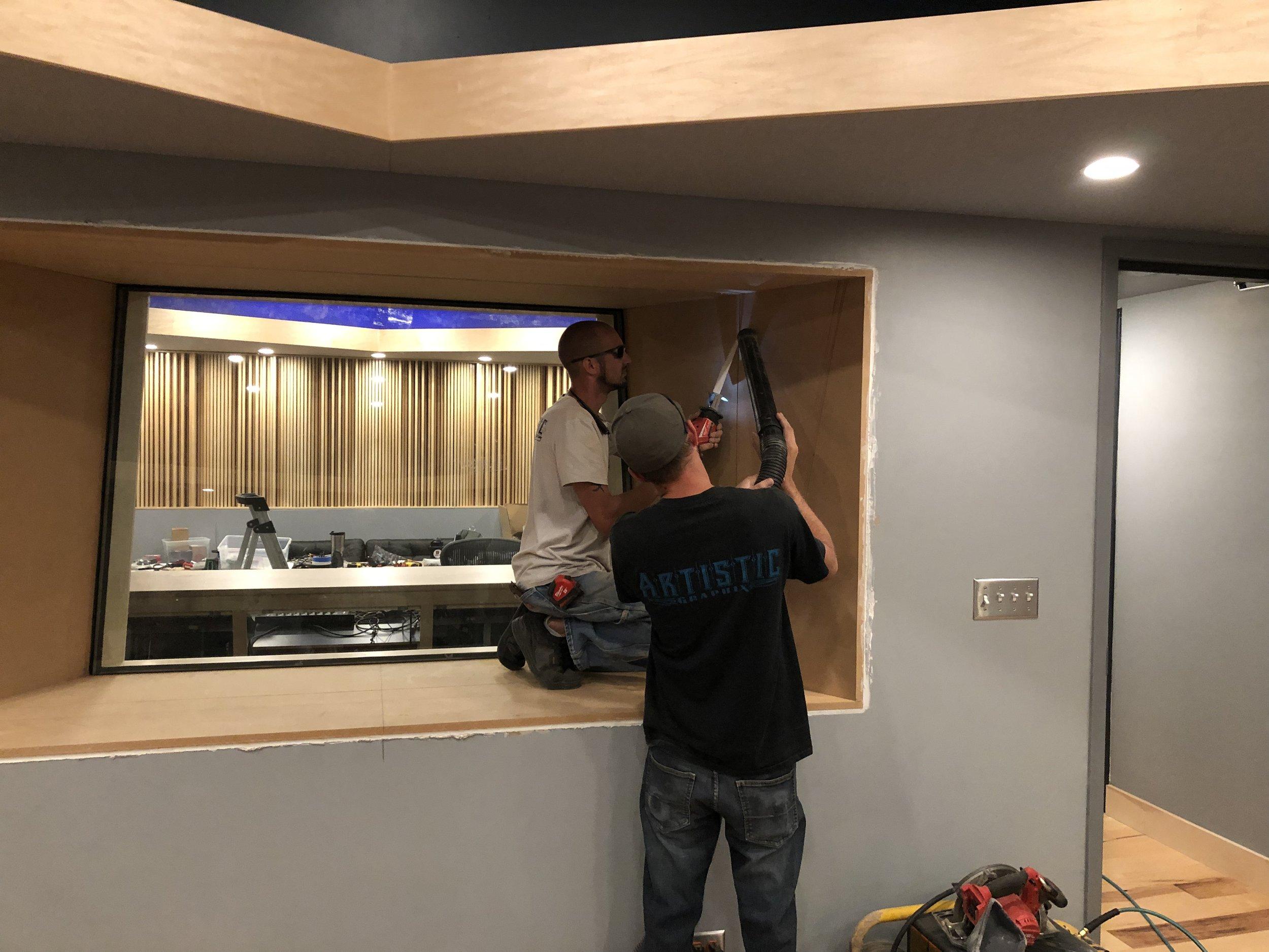 Setting the trim for the studio 2 window.