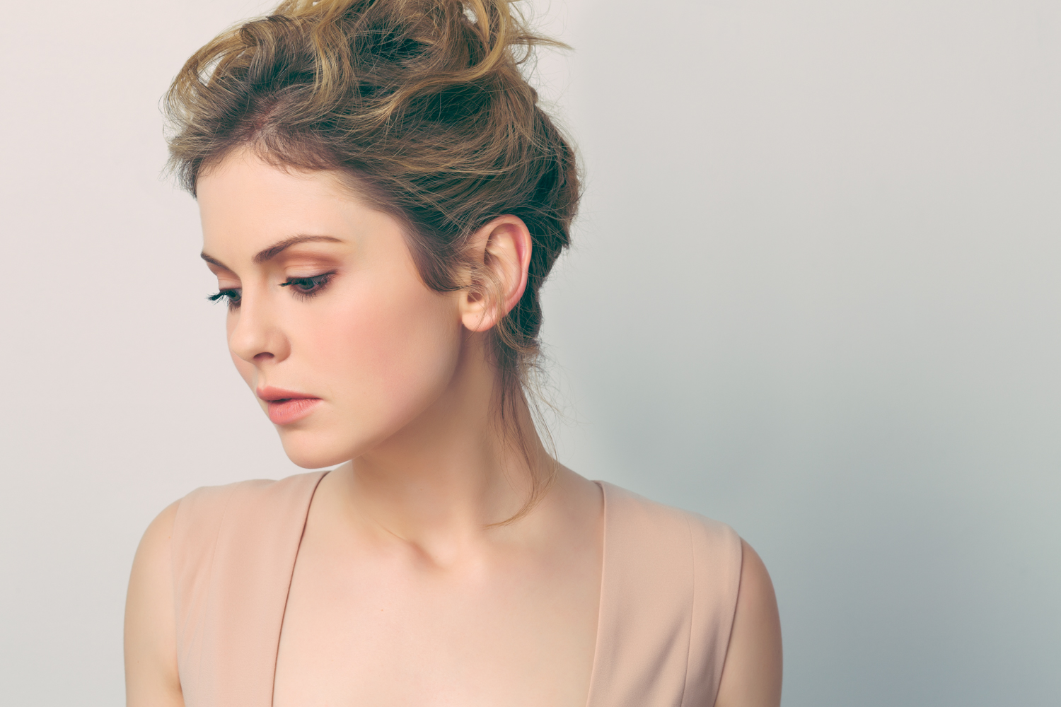 Rose McIver 1.9.2015-490-Edit Teal O tif.jpg