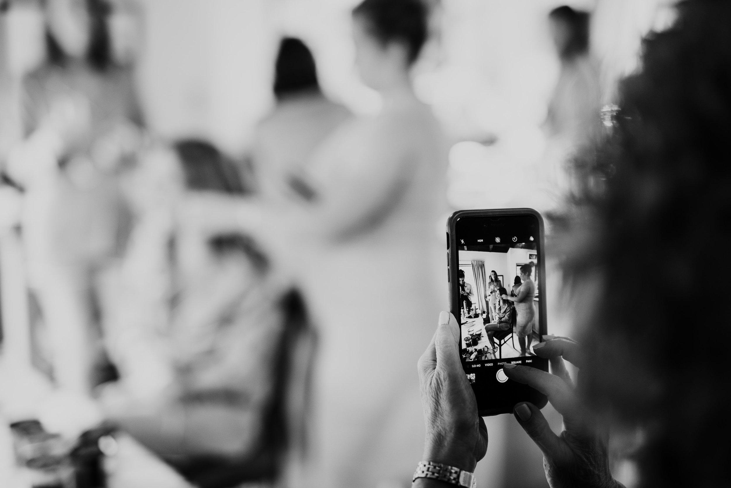 Cam&BriMonochrome-38.jpg