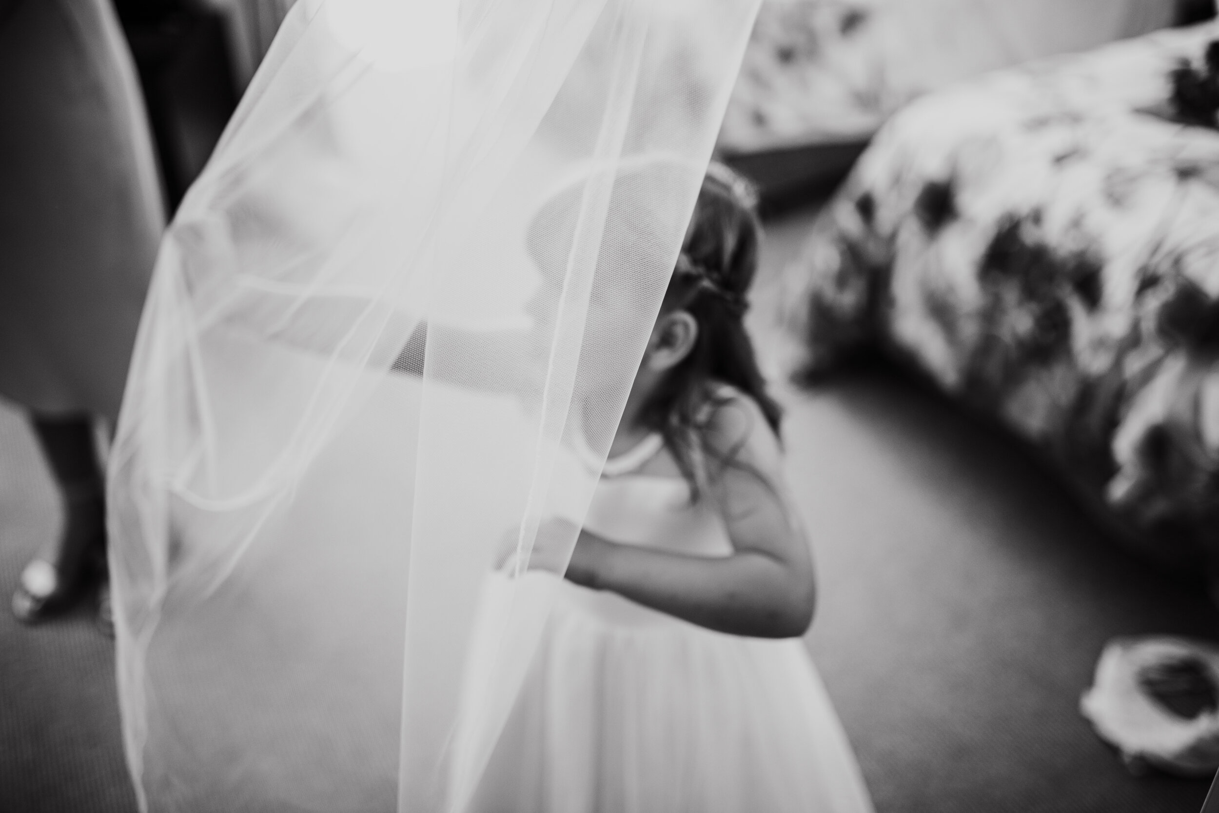 H&RWeddingMonochrome-145.jpg