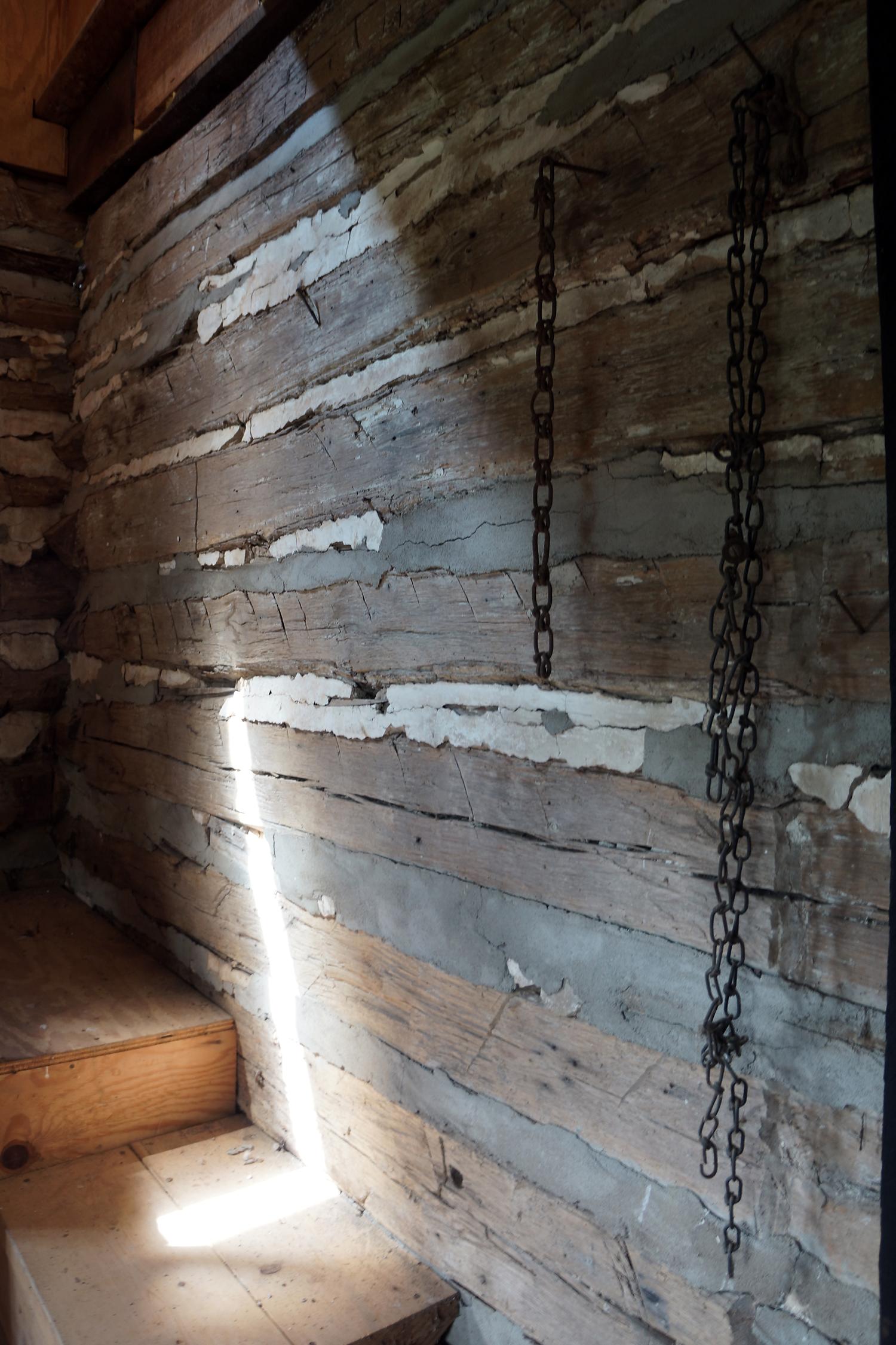 slave cabin 3.jpg