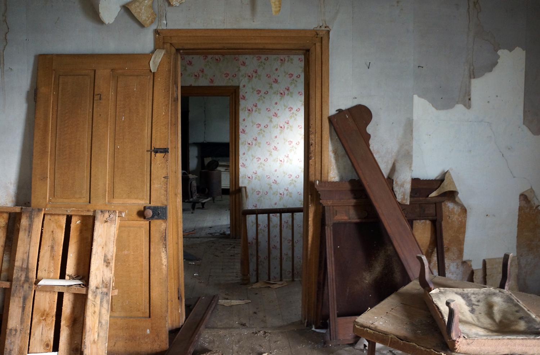 oak grove bedroom.jpg