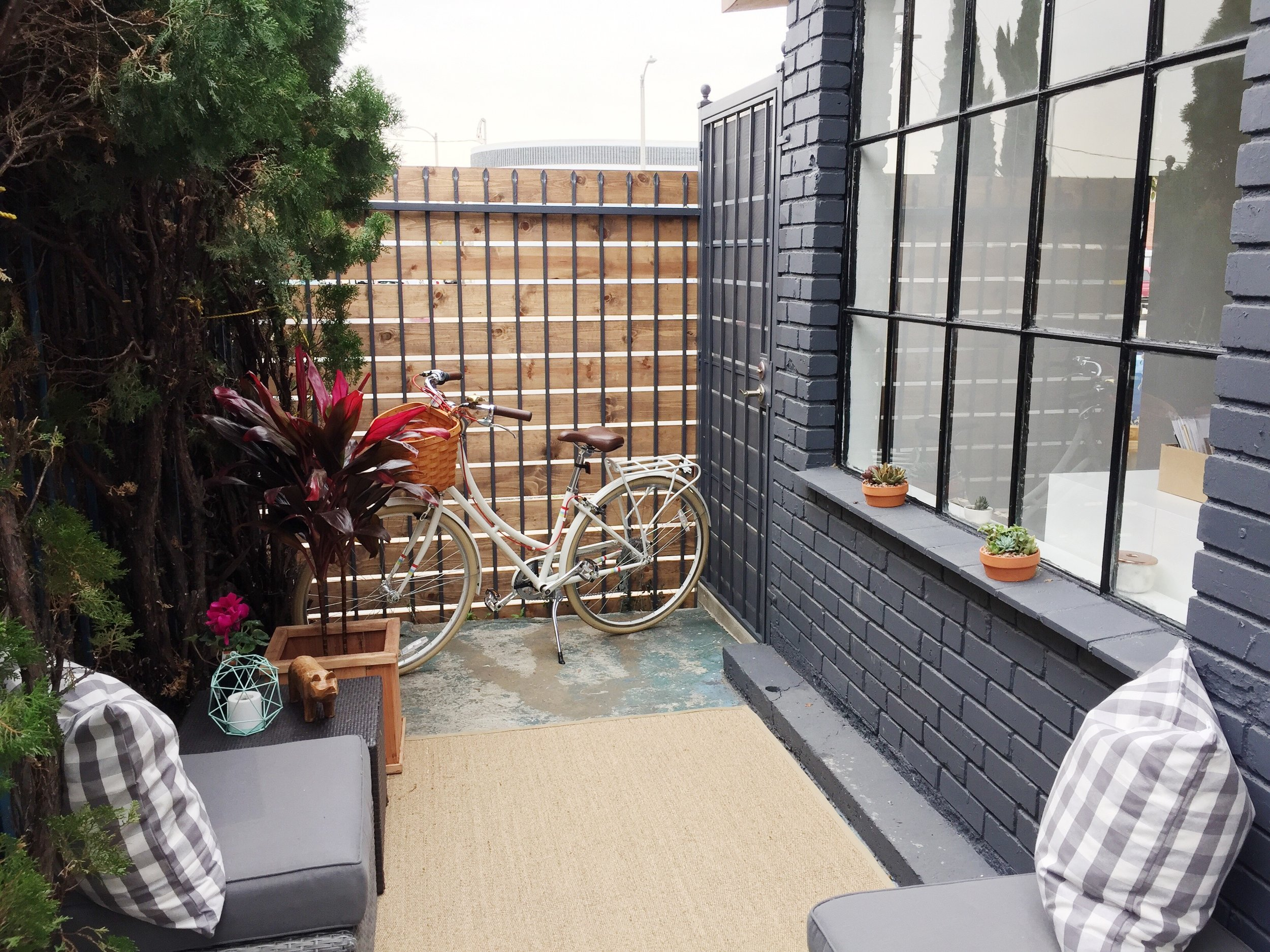 Private Patio to relax, entertain, work or meet with clients.