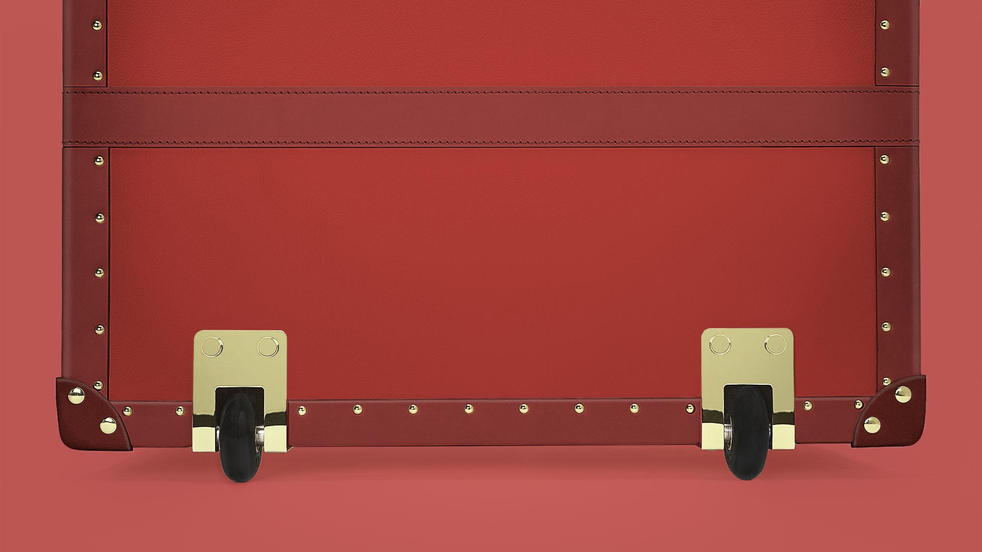 Trunk-4-Large-Wheels.jpg