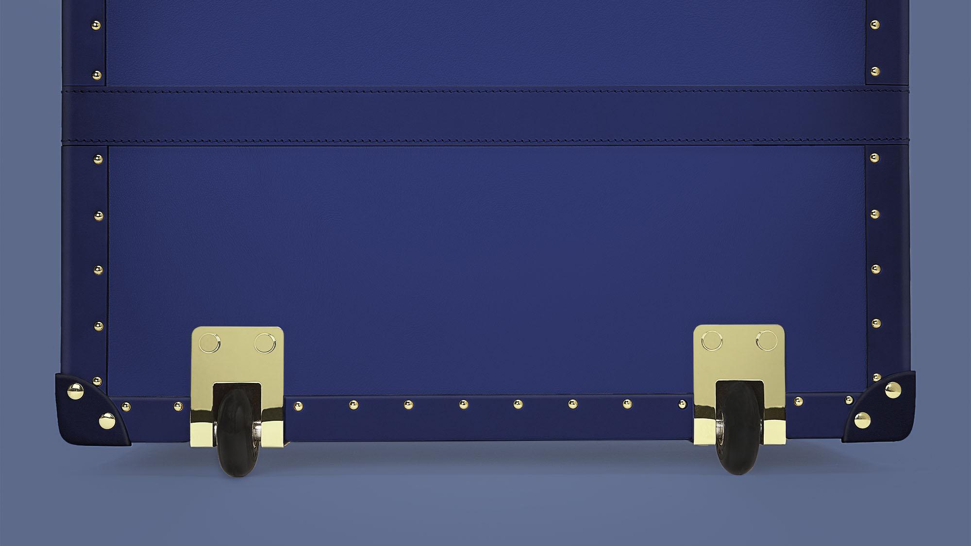Trunk-7-Large-Wheels.jpg