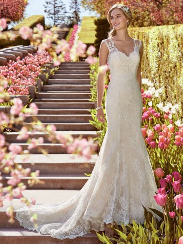 Rebecca-Ingram-Wedding-Dress-Shirley-8RC460-Main.jpg