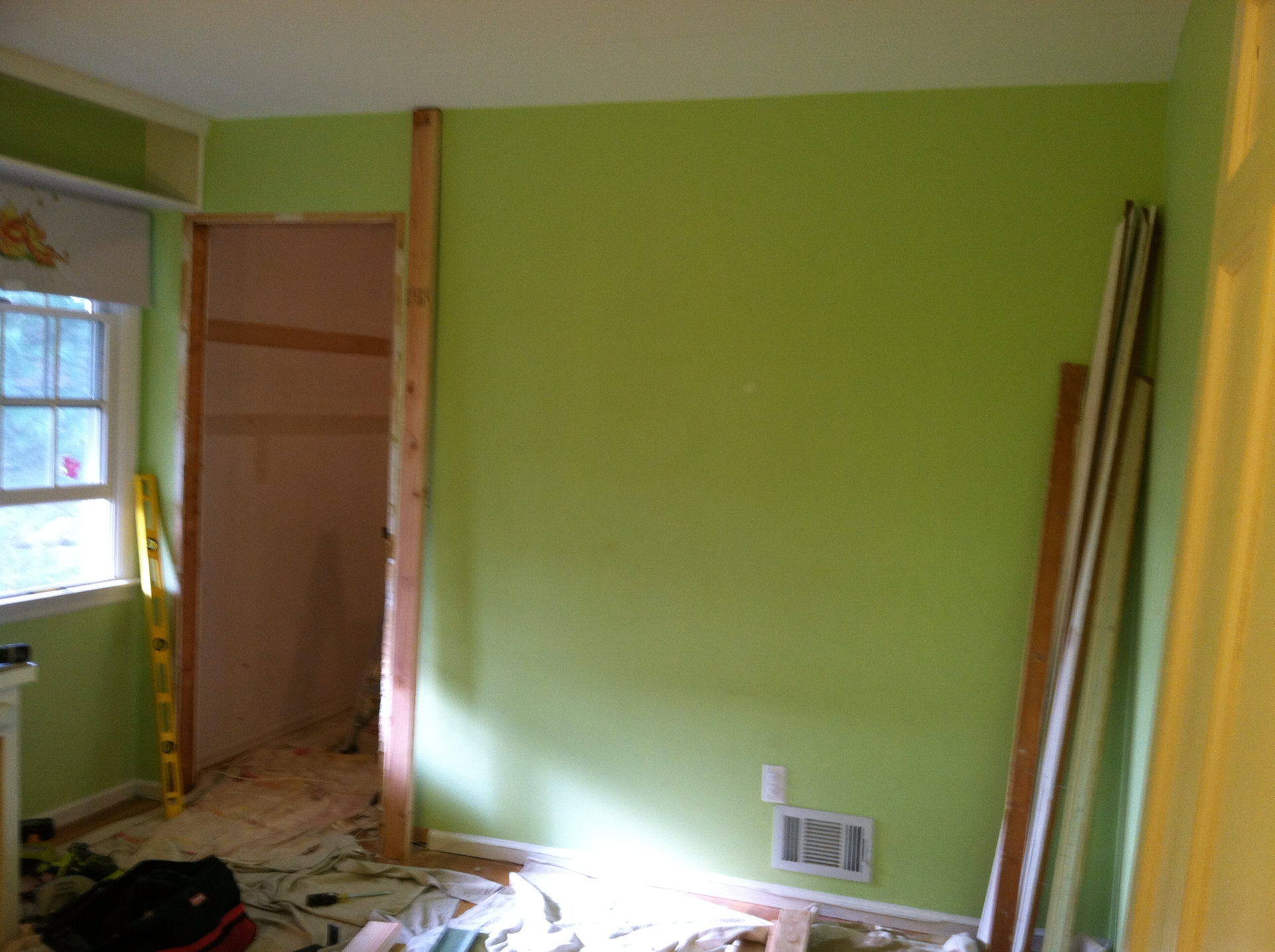 Kid's Bedroom Closet: Build-Out