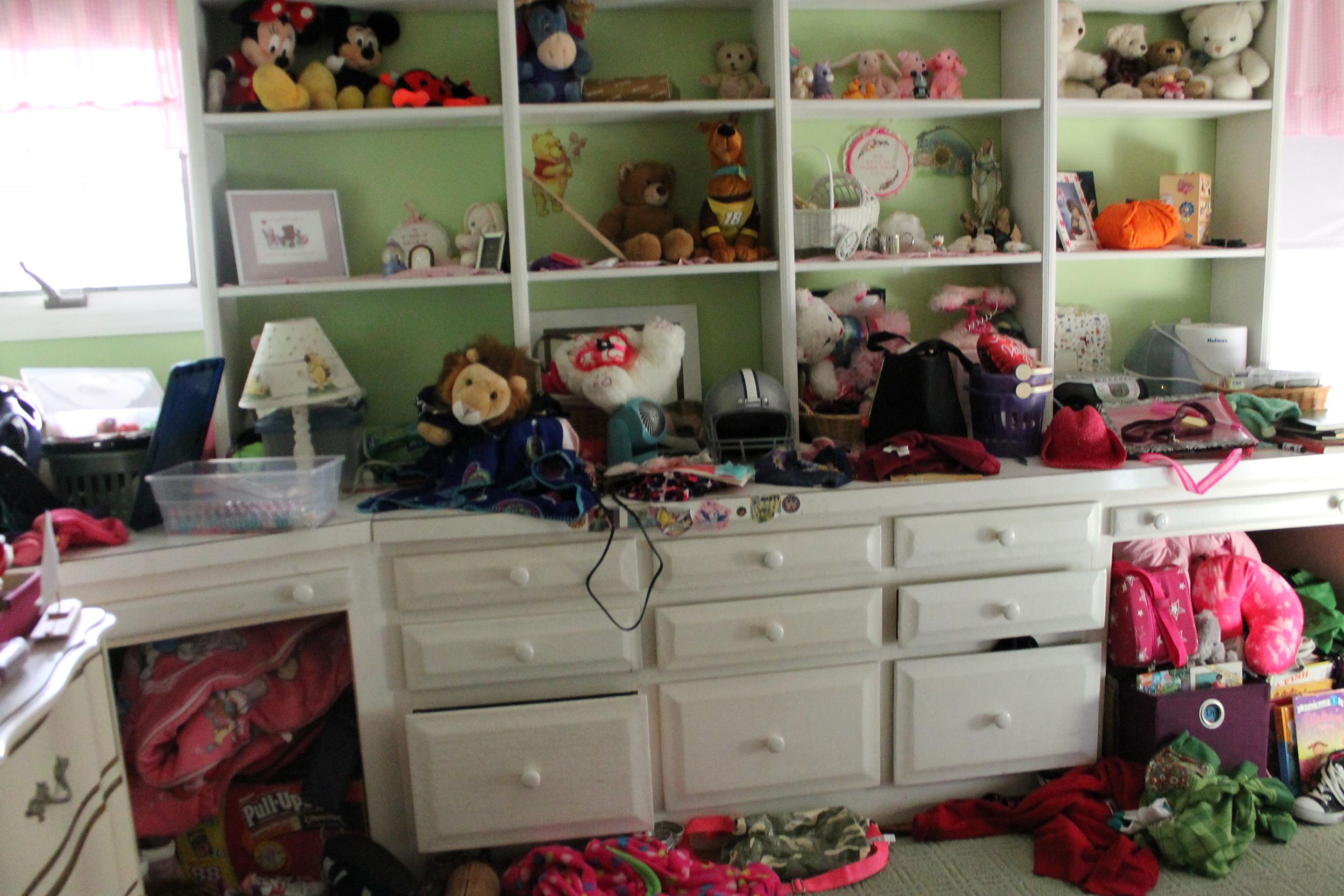 Kid's Bedroom: Before