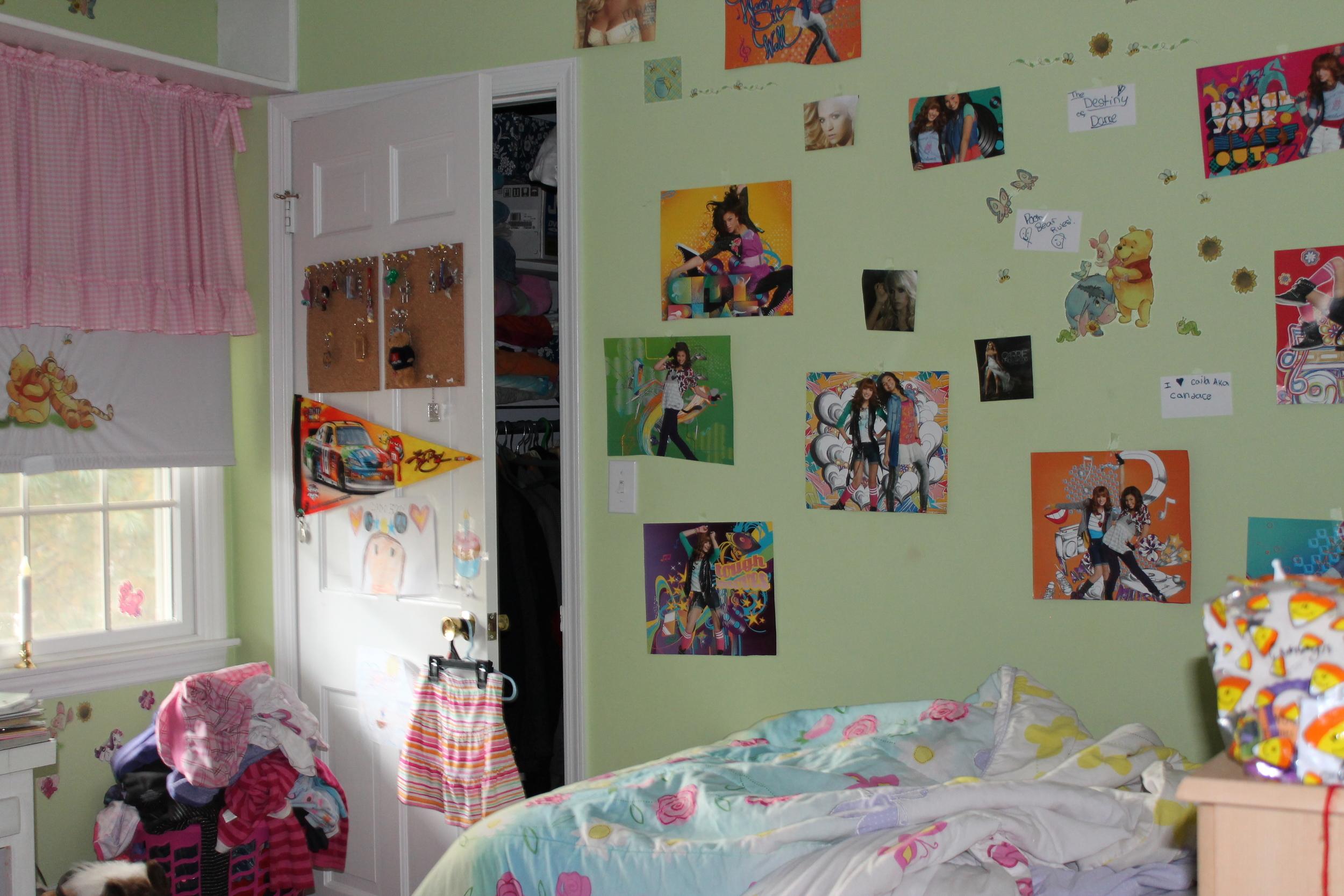 Kid's Bedroom Closet: Before