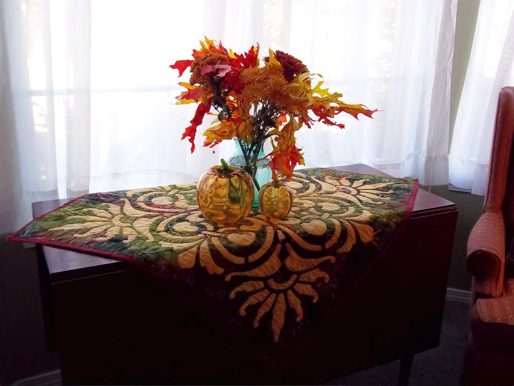Scroll& Fan w autumn flowers.jpg