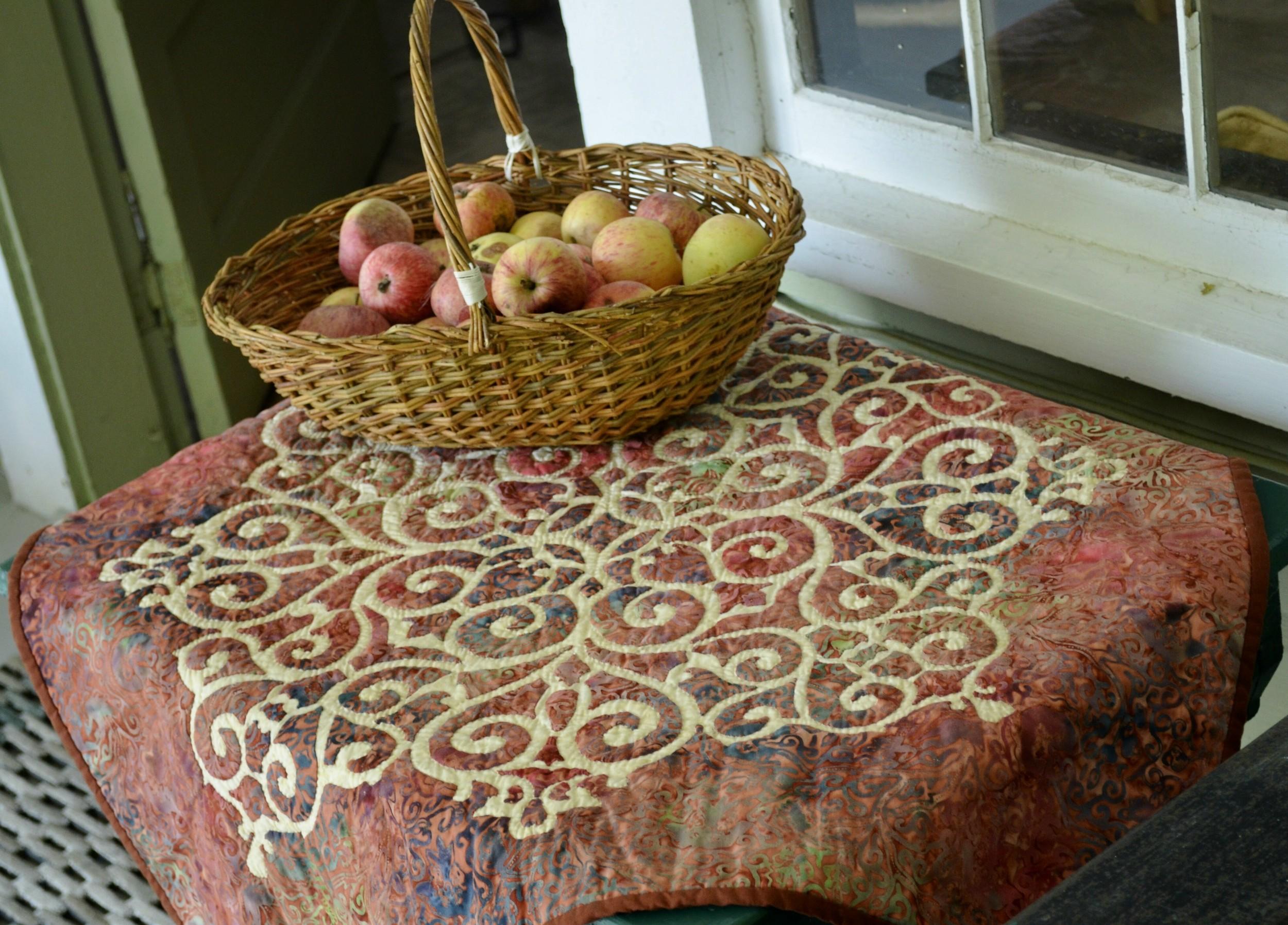 Barbara's Medallion w apples, close up.jpg