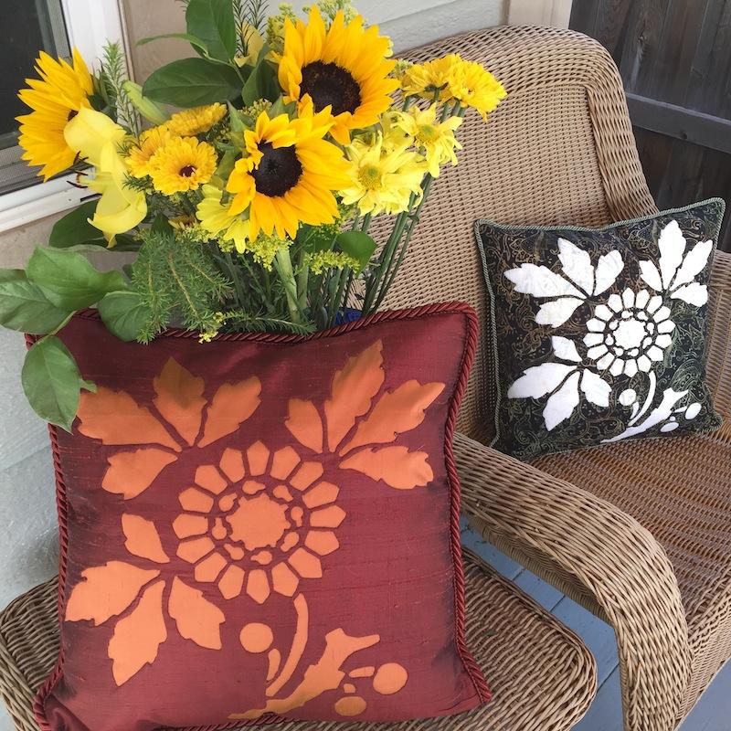 Sunflower block 3 of 9   http://eobquiltdesign.com/shop1/?category=Victorian+Flower+Garden