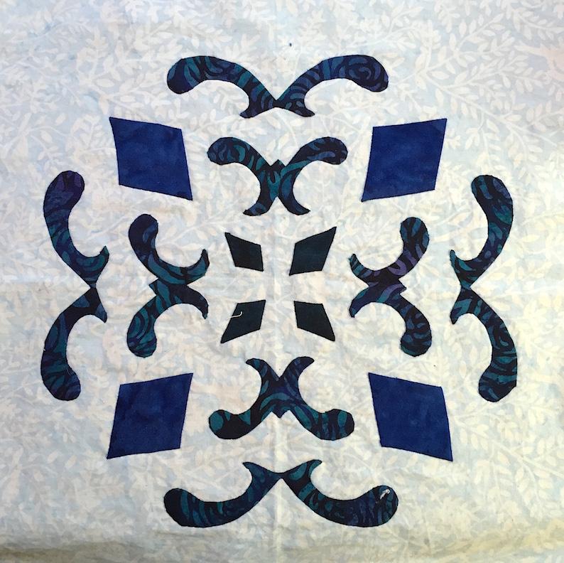 Double Dutch Delft,    Applique block