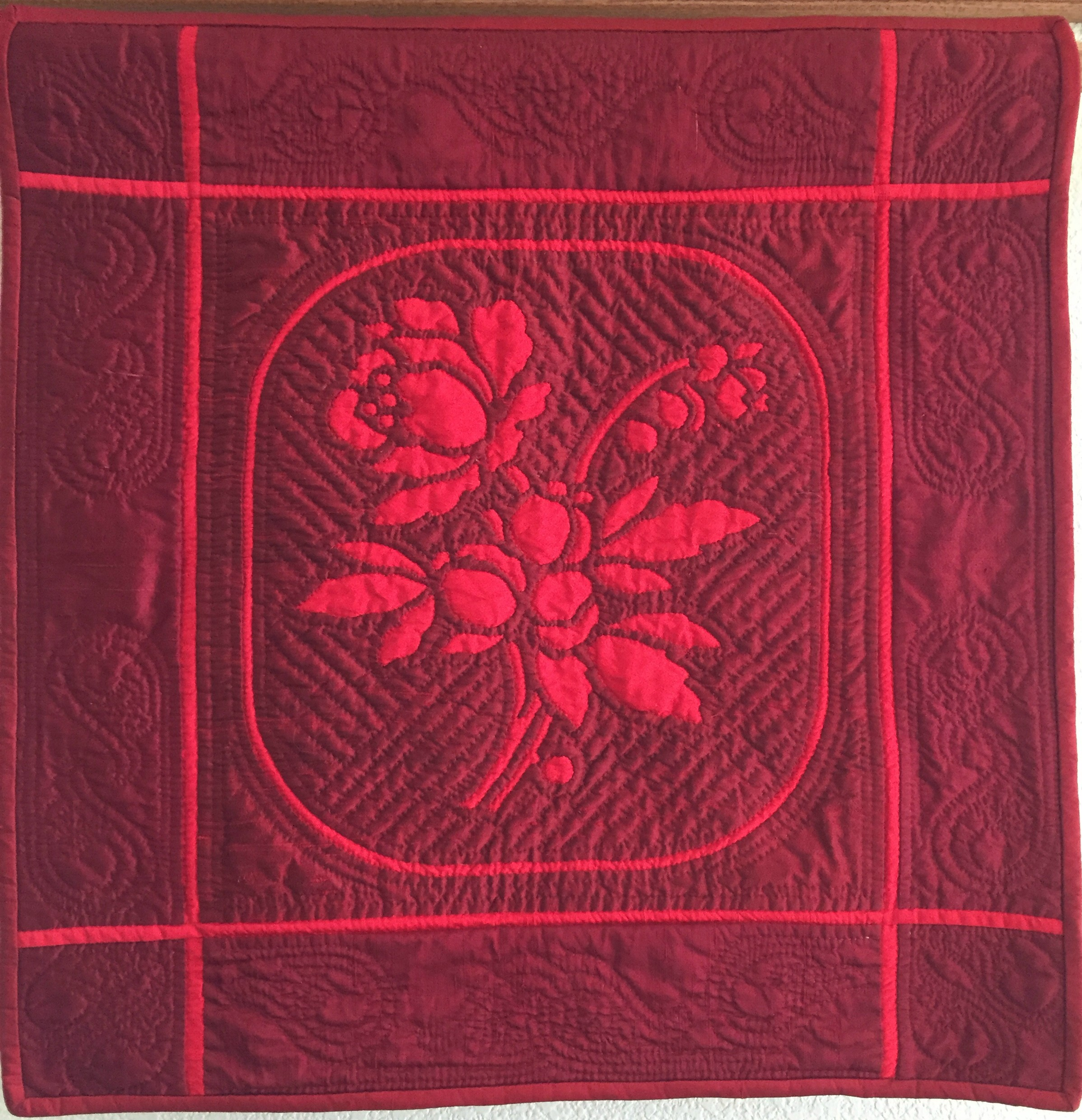 "Beloved , 26"" x 27"", Margaret Brewster Willingham 100% Dupioni and Bengalore silk, silk batting. Reverse needle-turn applique by hand with silk thread, hand quilted with red 100% cotton thread"